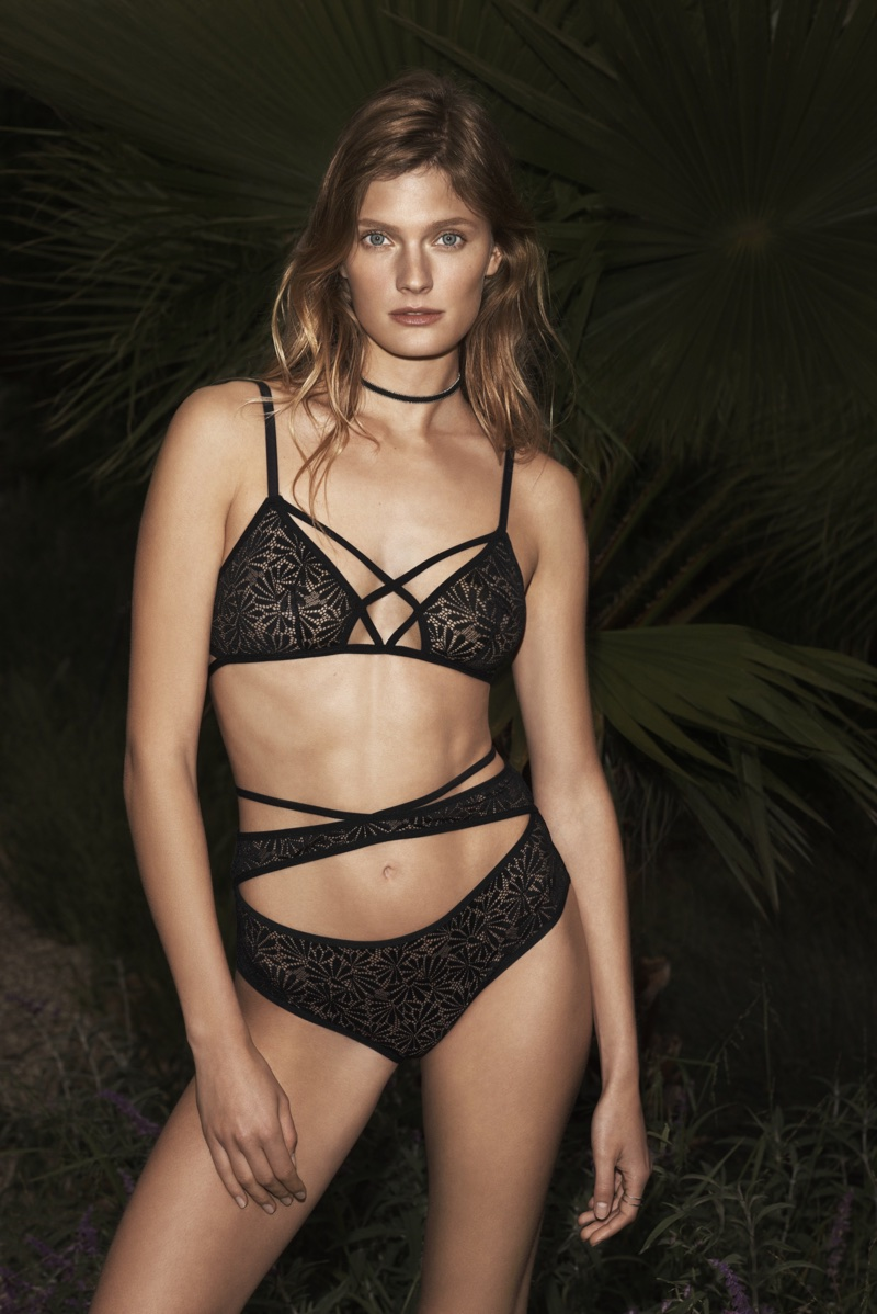 Model Constance Jablonski poses in black lingerie for Etam's fall-winter 2017 campaign