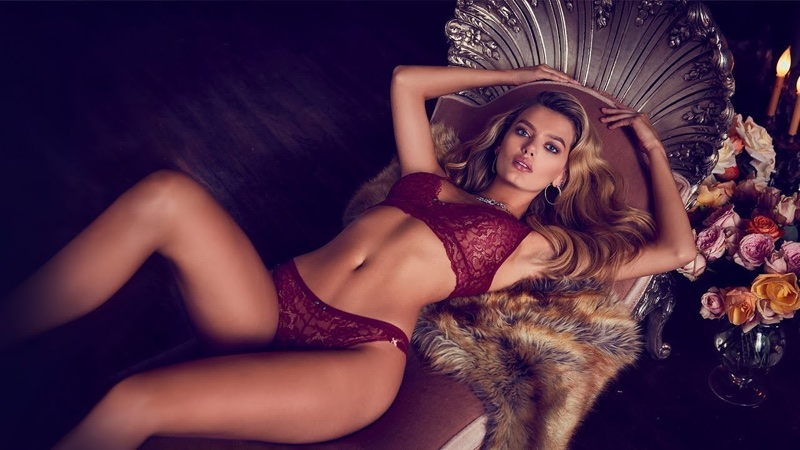 Bregje Heinen looks red-hot in Guess Lingerie's fall-winter 2017 campaign