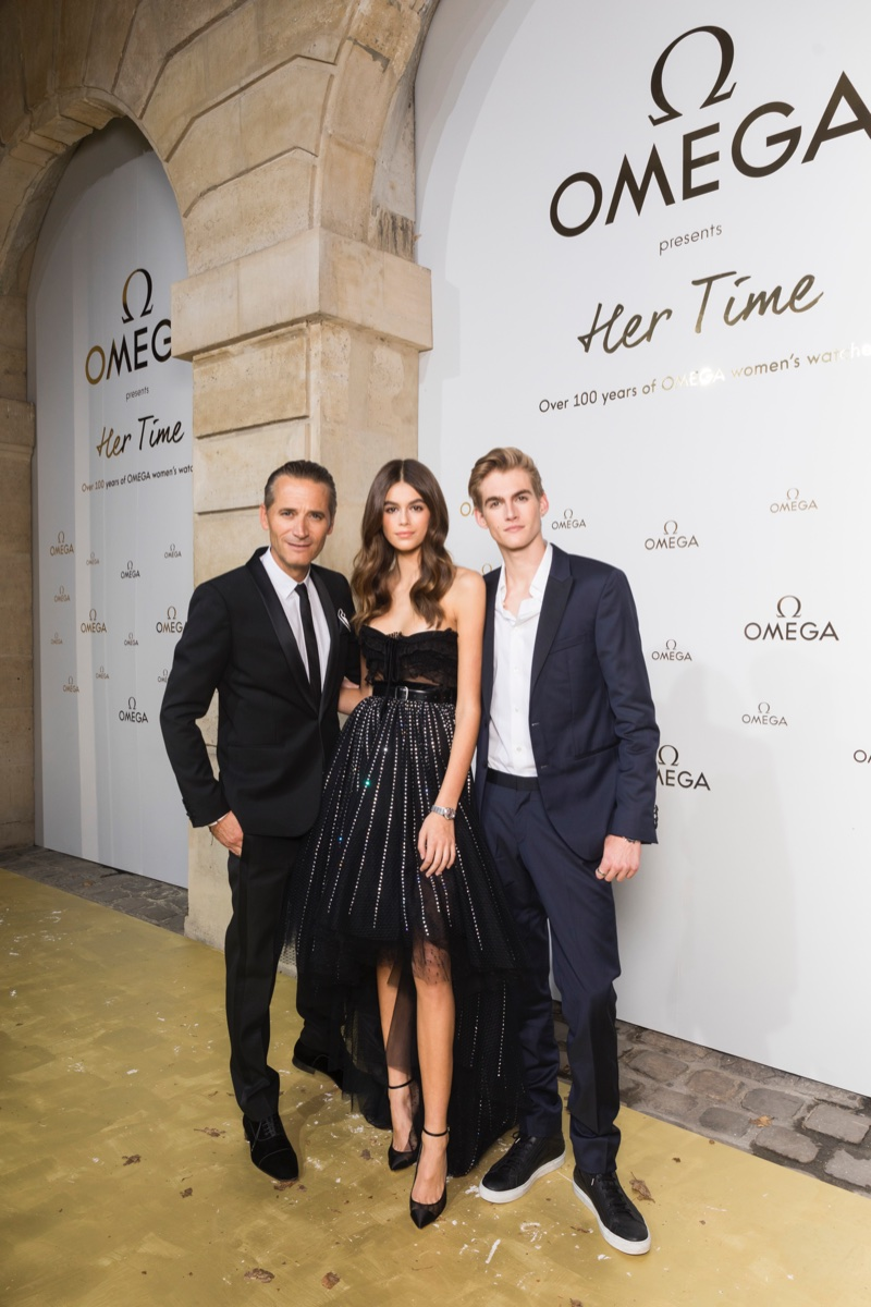 Kaia and Presley Gerber at OMEGA 'Her Time' exhibition. Photo: OMEGA