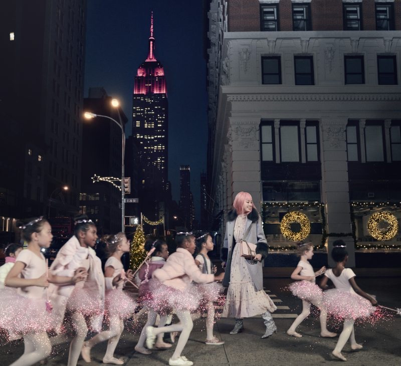 An image from Kate Spade's Holiday 2017 advertising campaign