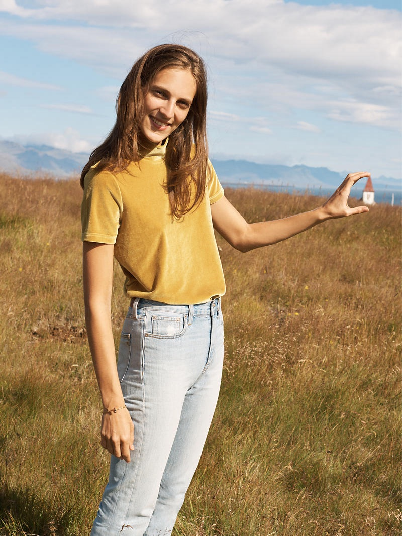 Madewell Velvet Mockneck Tee, The Perfect Summer Jean in Fitzgerald Wash and Face Value Hinge Bracelet