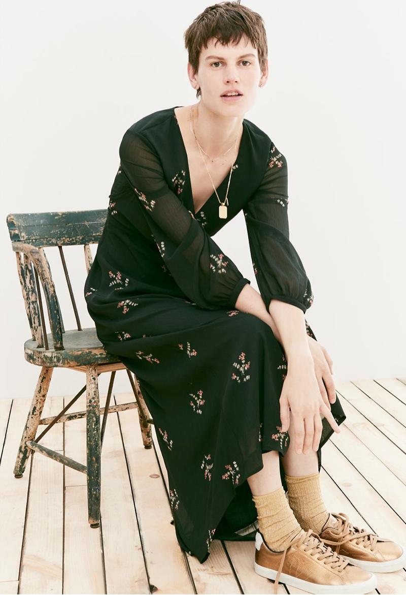 Madewell Nightflower Maxi Dress in Wild Botanic, Treasure Pendant Necklace Set and Veja Esplar Low Sneakers in Metallic Bronze