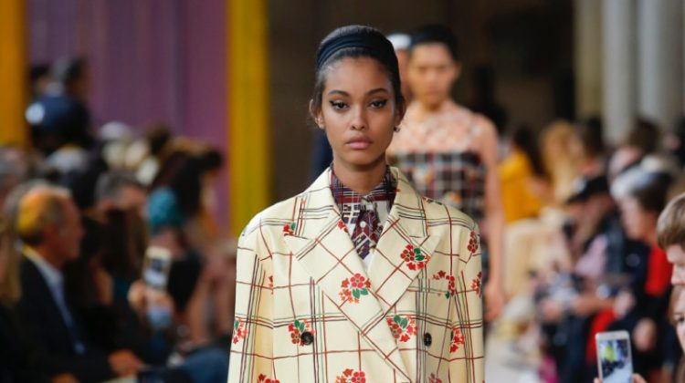 Miu Miu Channels Retro Vibes for Spring 2018