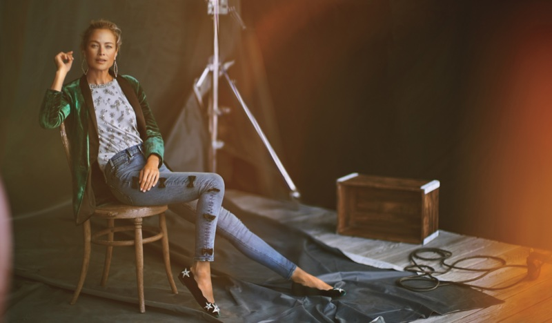 Carolyn Murphy stars in Anthropologie's November 2017 catalog