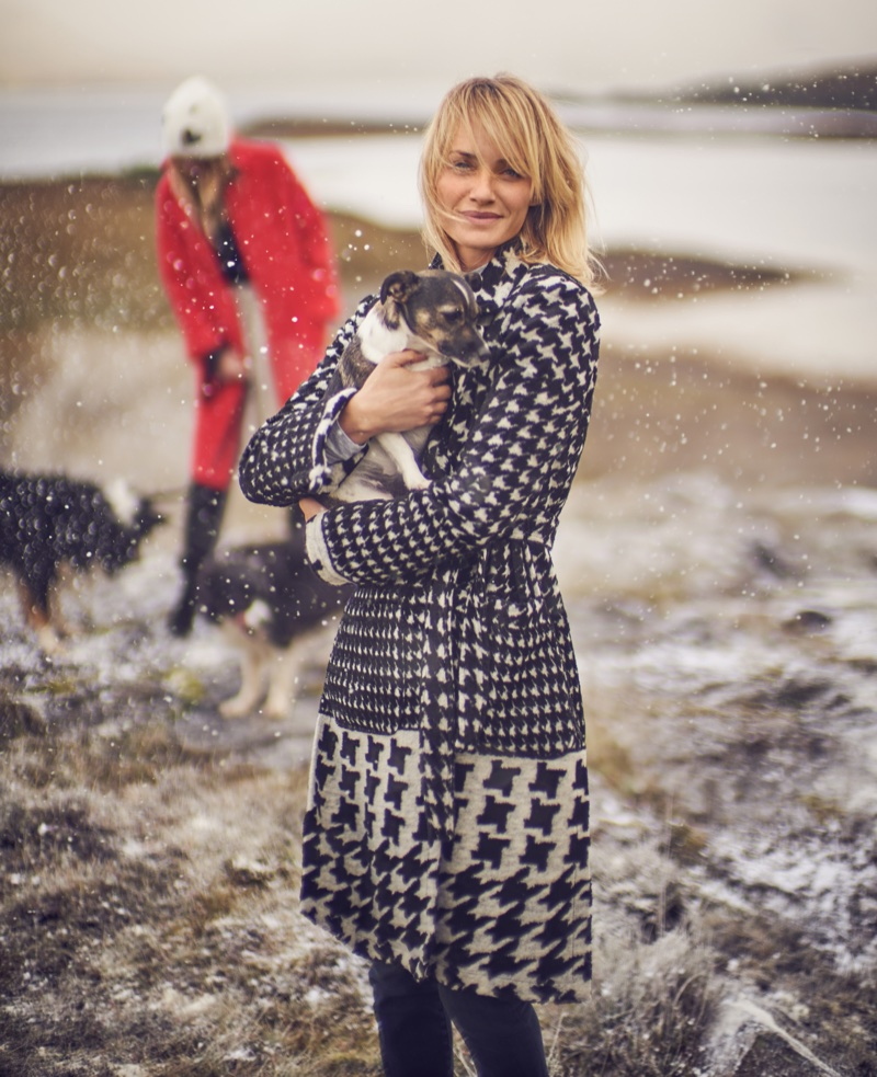 Amber Valletta wears houndstooth jacket in Anthropologie's November 2017 catalog