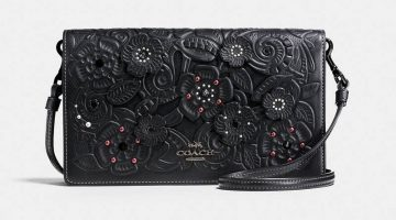 Coach Foldover Crossbody Clutch with Tea Rose Tolling Coach Foldover Crossbody Clutch Tea Rose and Tooling $192.50 (previously $275)