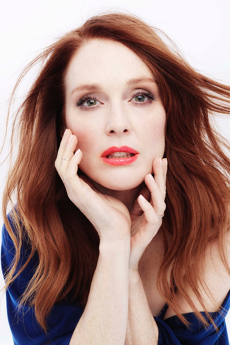 Actress Julianne Moore gets her closeup in Triumph Florale lingerie campaign