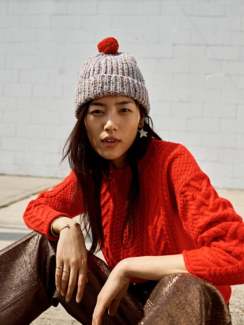 Madewell Cableknit Pullover Sweater, Ribbed Pom-Pom Beanie, Langford Wide-Leg Crop Pants in Metallic and Star Statement Earrings