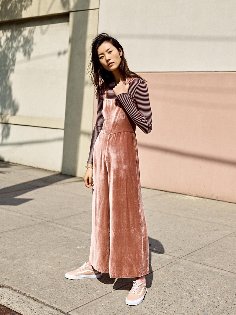 Madewell Crushed Velvet Wide-Leg Jumpsuit, Long-Sleeve Crewneck Bodysuit in Stripe and Vans Old Skool Lace-Up Sneakers in Pink Leather