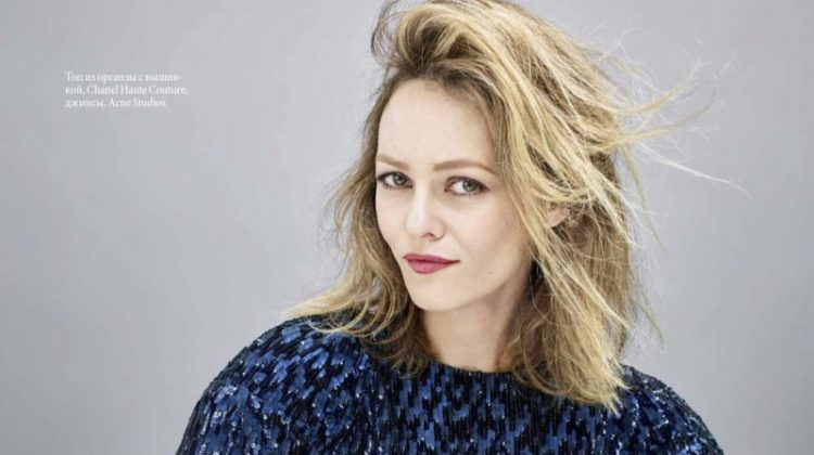 Dazzling in blue, Vanessa Paradis poses in Chanel Haute Couture dress