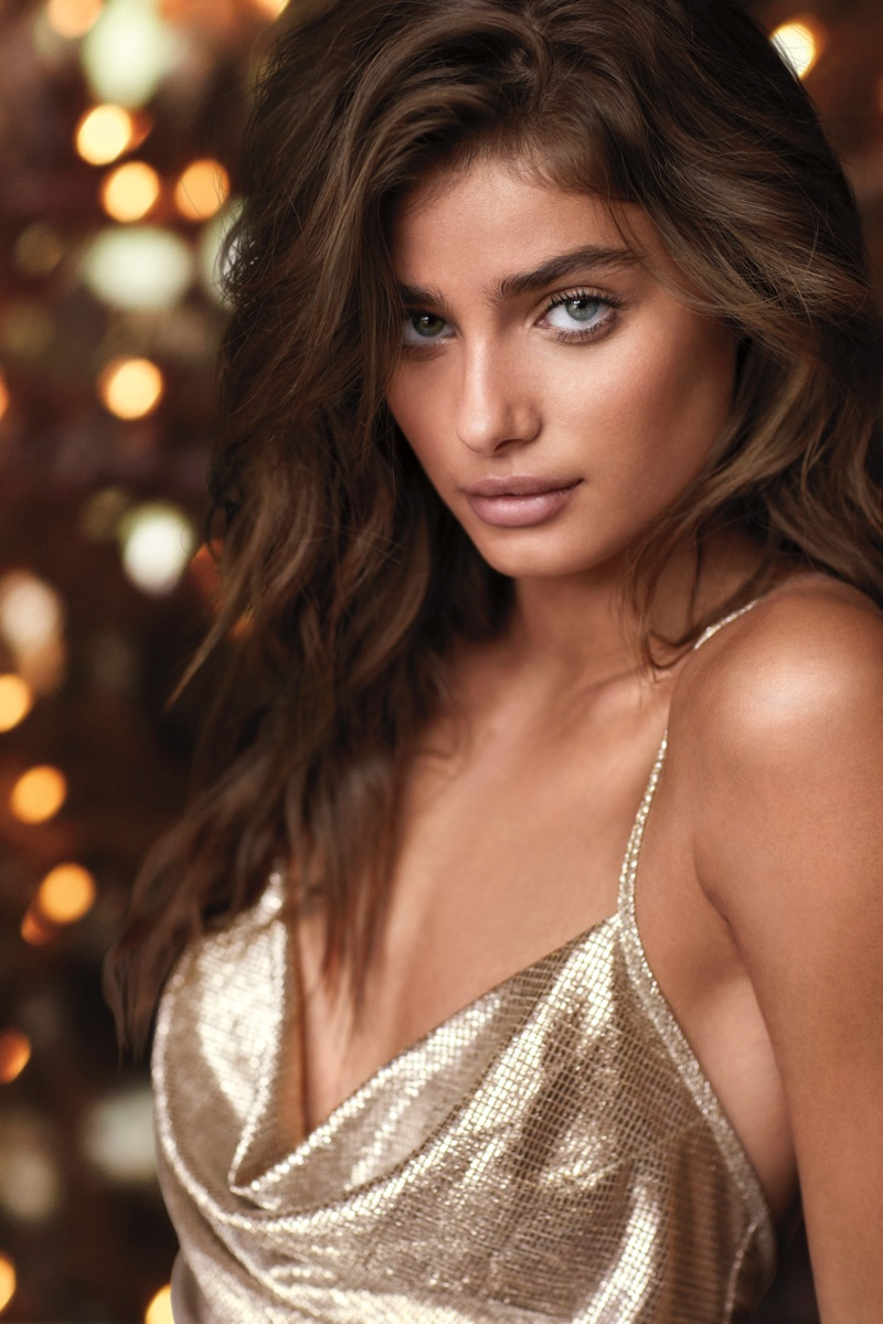 Taylor Hill stars in Victoria's Secret Dream Angels Holiday 2017 campaign