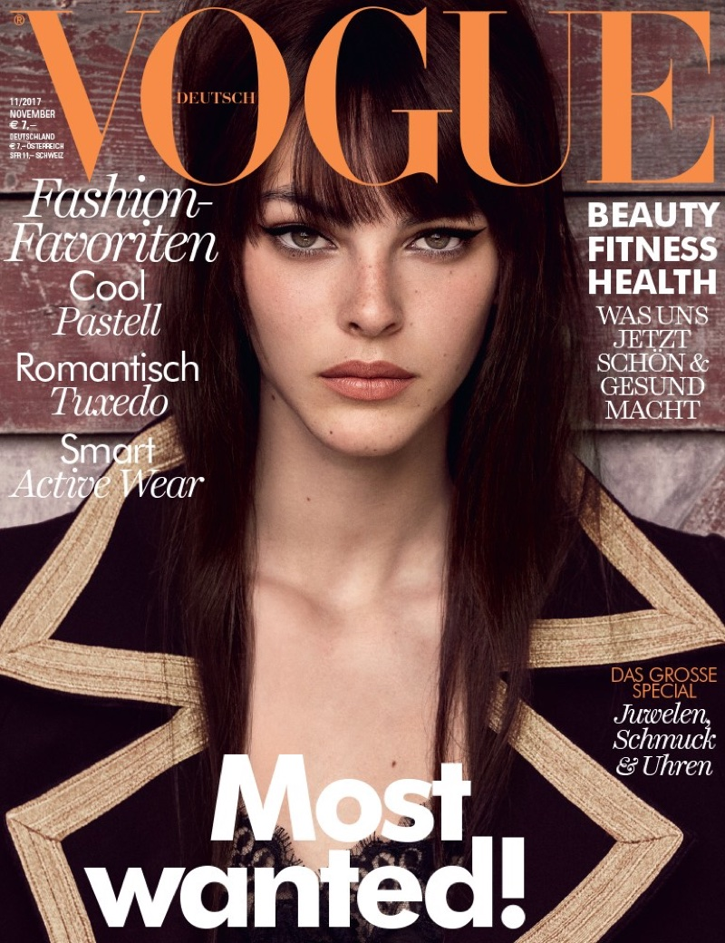 Vittoria Ceretti Embraces Autumn Style Outdoors for Vogue Germany