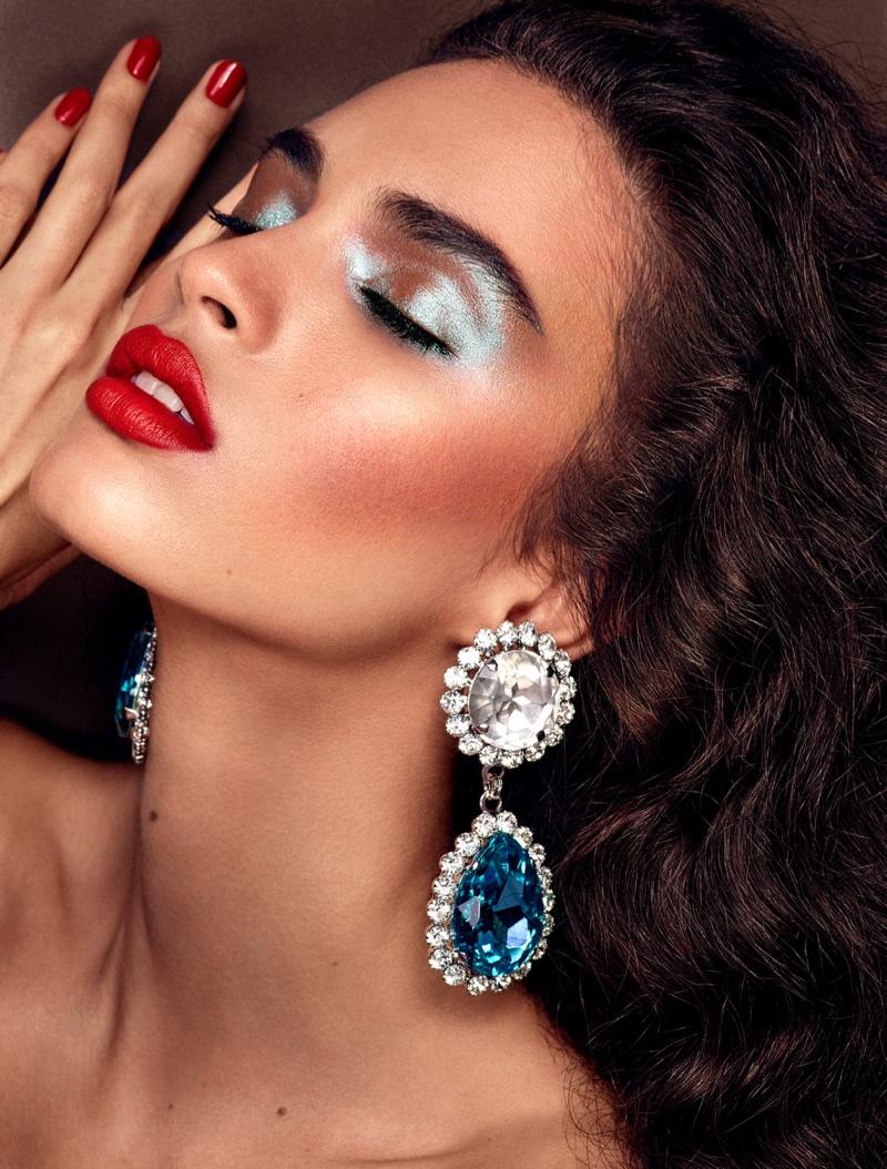 Glamour Makeup: Glamorous Makeup Editorial