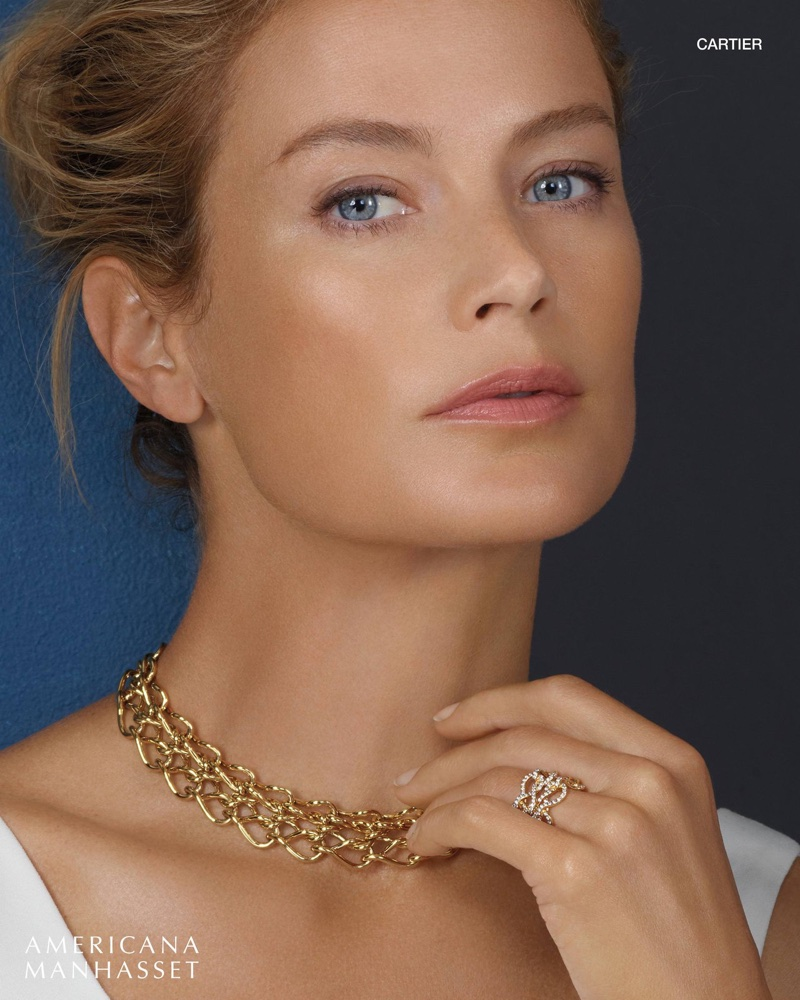 Carolyn Murphy wears Cartier jewelry for Americana Manhasset's holiday 2017 campaign
