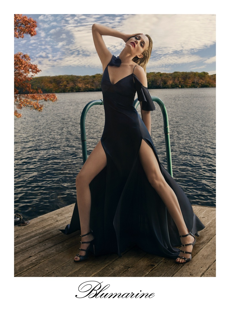 Model Amber Valletta flaunts her legs in off-the-shoulder gown for Blumarine's spring-summer 2018 campaign