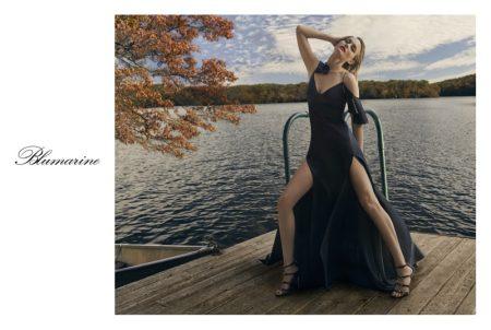 Amber Valletta Enchants in Blumarine's Spring 2018 Campaign