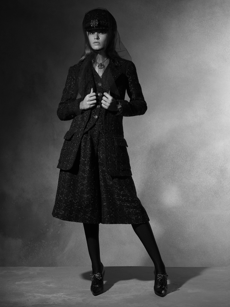 A look from Chanel's pre-fall 2018 Paris-Hamburg collection