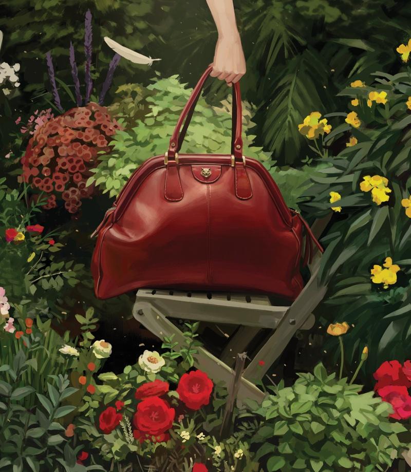 Gucci spotlights red handbag in spring-summer 2018 campaign