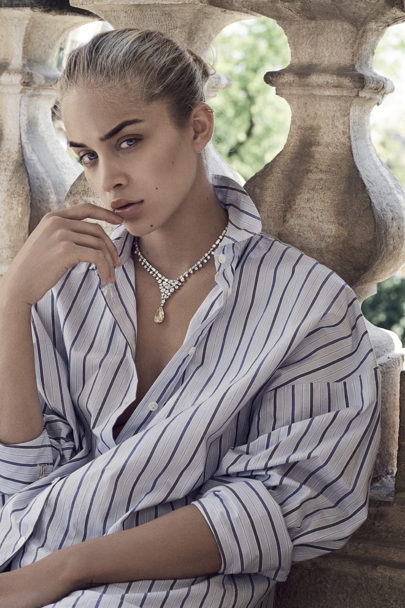 Jasmine Sanders Models Minimal Fashions in L'Officiel Switzerland