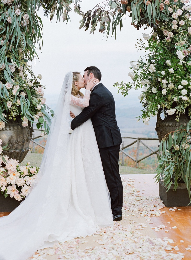 Kate Upton marries Justin Verlander in Valentino wedding dress. Photo: KT Merry/Vogue