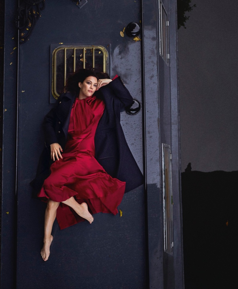 Actress Liv Tyler stands out in a red dress