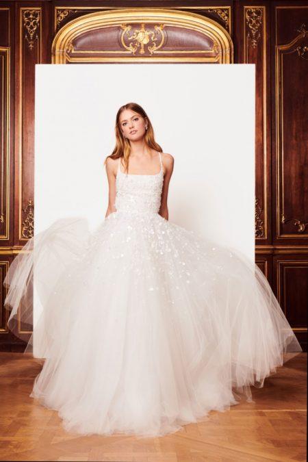 Oscar de la renta bridal fall winter 2018 wedding dresses oscar de la renta bridal fallwinter 2018 collection junglespirit Image collections