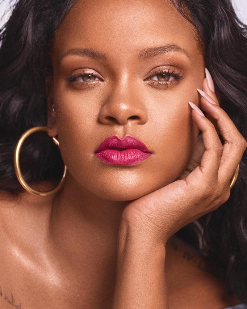 Singer Rihanna wears Fenty Beauty Mattemoiselle lipstick in Candy Venom