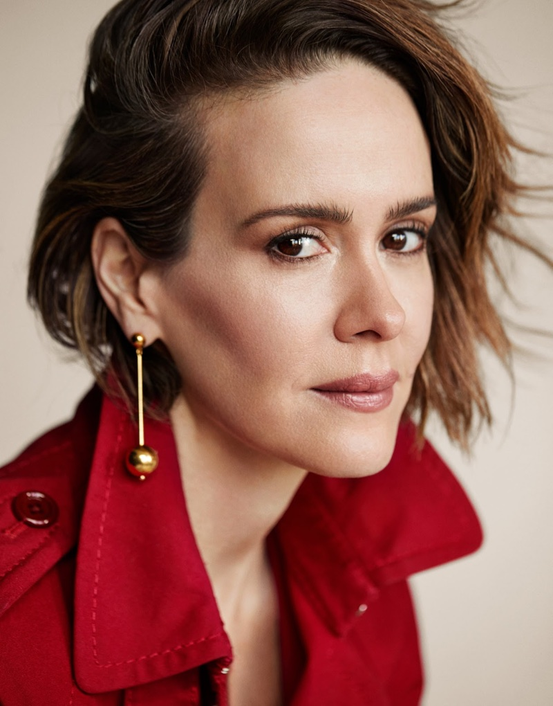 Ready for her closeup, Sarah Paulson poses in Marc Jacobs coat with Sophie Buhal earrings