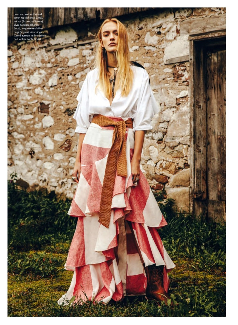 Steph Smith Layers Up in Outdoor Styles for ELLE Canada