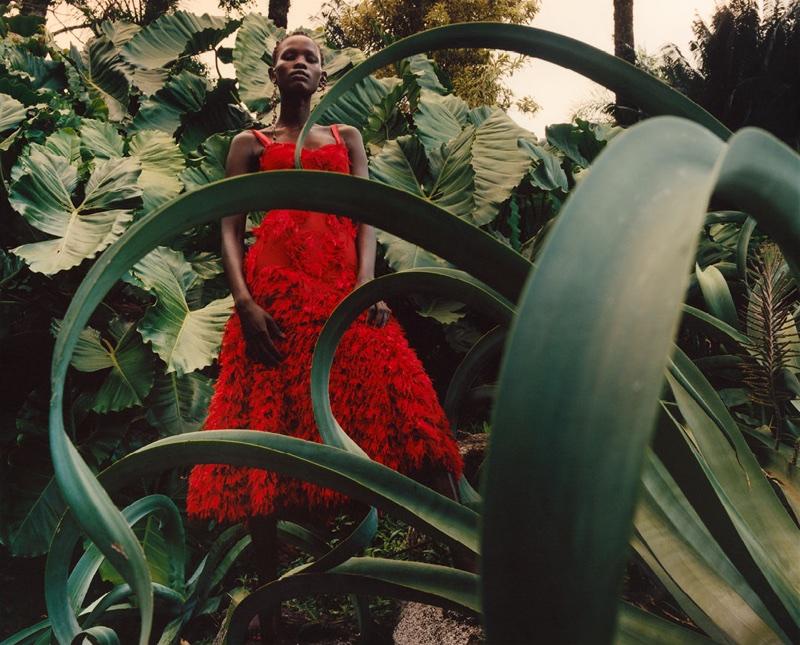Jamie Hawkesworth photographs Alexander McQueen's spring-summer 2018 campaign
