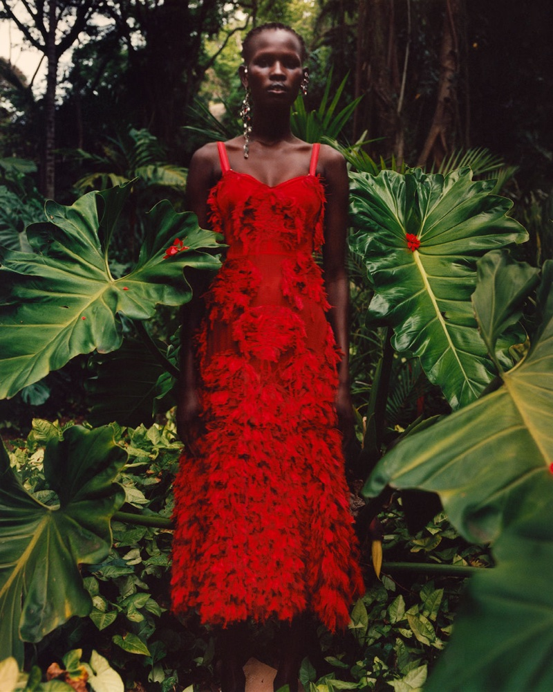 Alexander McQueen launches spring-summer 2018 campaign