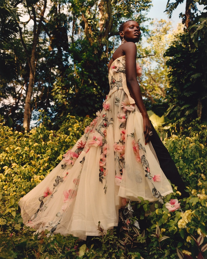Alexander McQueen focuses on florals for spring-summer 2018 campaign