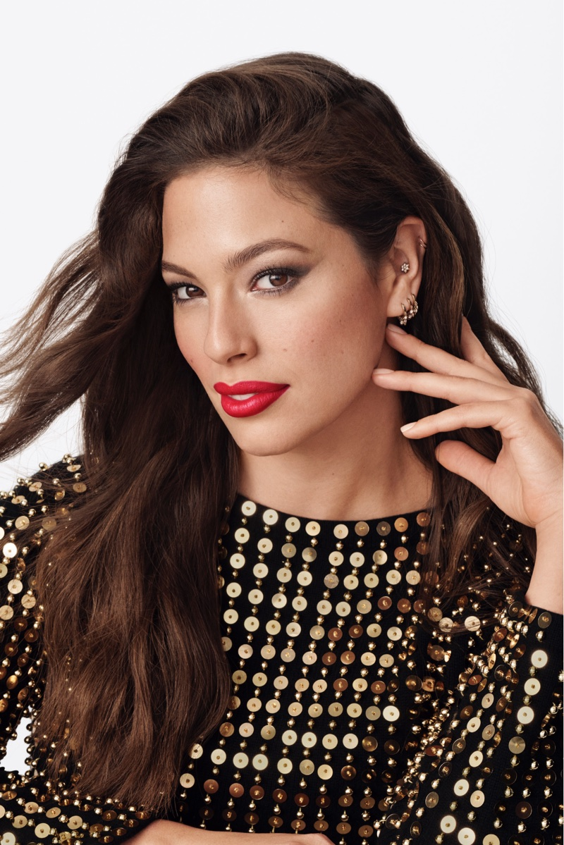 Ashley Graham is the first curvy face of Revlon