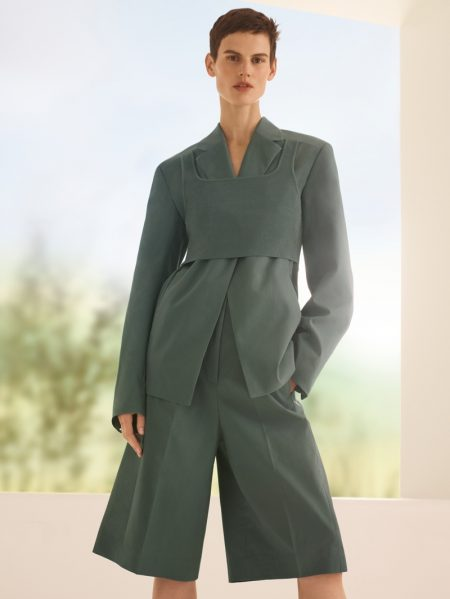 Model Saskia de Brauw suits up in COS' spring-summer 2018 campaign