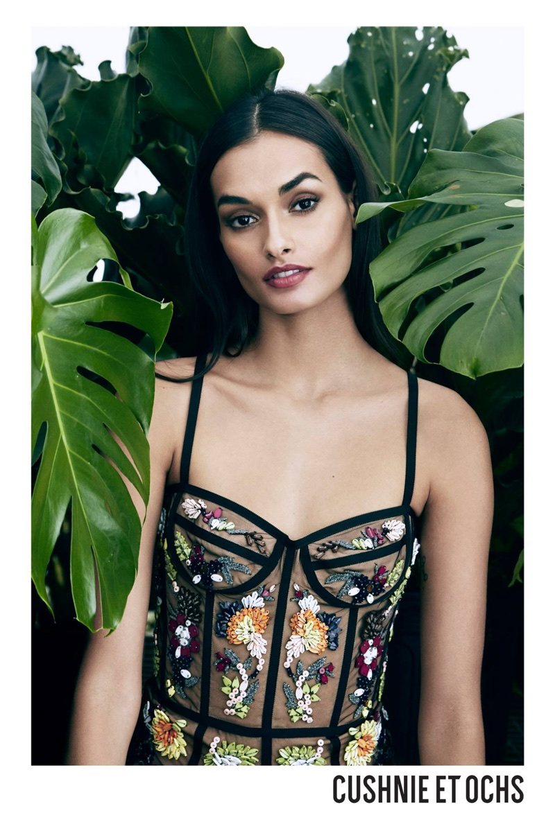 Cushnie et Ochs spotlights embroidered bustier in spring-summer 2018 campaign