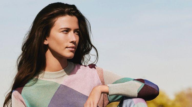 Emporio Armani spotlights bold prints in spring-summer 2018 campaign