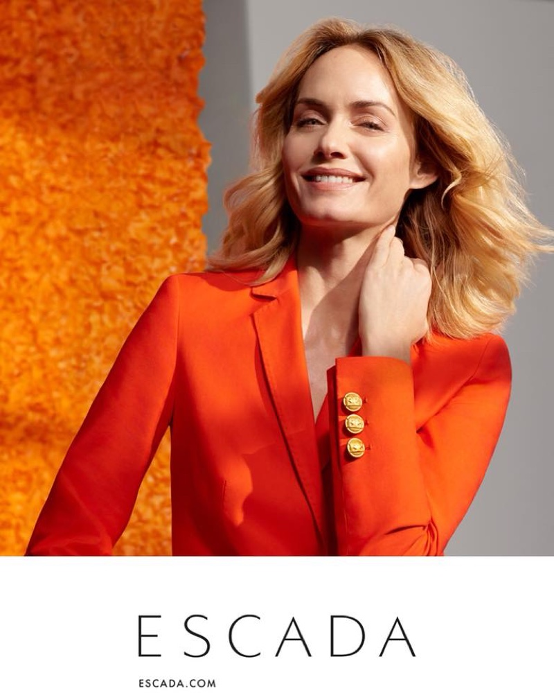 Model Amber Valletta wears orange blazer in Escada's spring-summer 2018 campaign