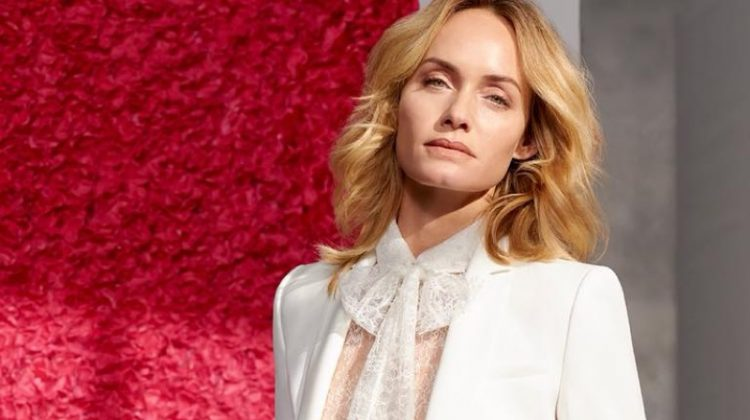 Amber Valletta looks elegant in lace for Escada's spring-summer 2018 campaign