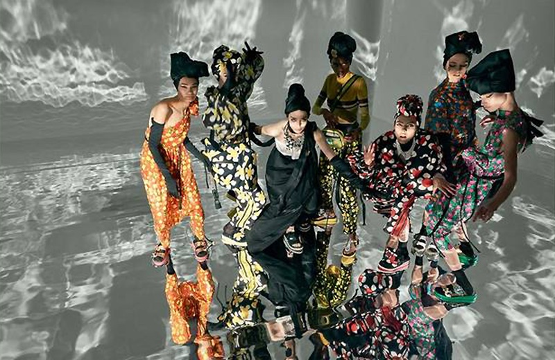Marc Jacobs launches spring-summer 2018 campaign