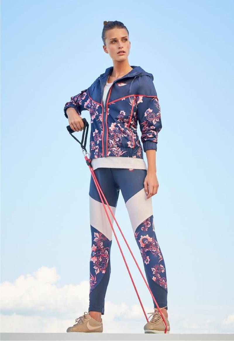 Nike Sportswear Essential Floral-Print Leggings and Floral-Print Sportswear Jacket