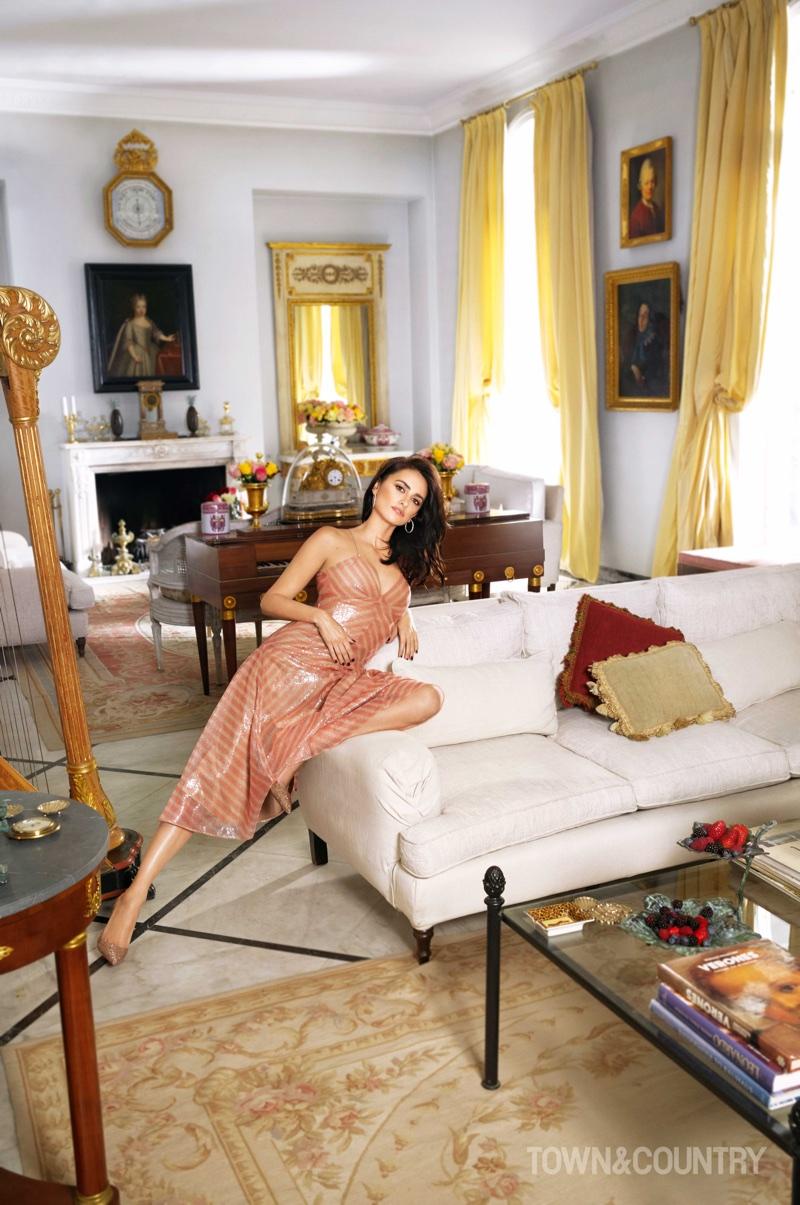 Penelope Cruz poses in Fendi dress and Christian Louboutin pumps