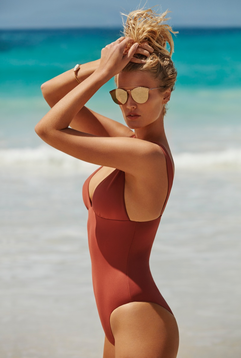 An image from Seafolly's summer 2018 advertising campaign starring Toni Garrn