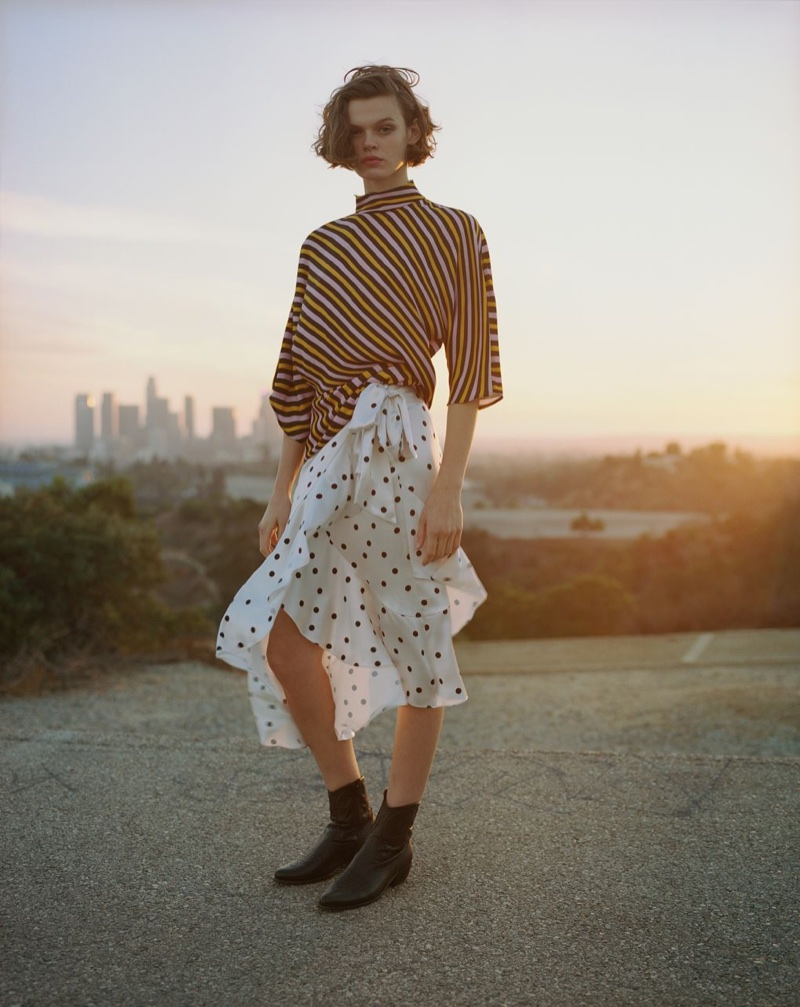 Cara Taylor wears chic prints in Topshop's spring-summer 2018 campaign