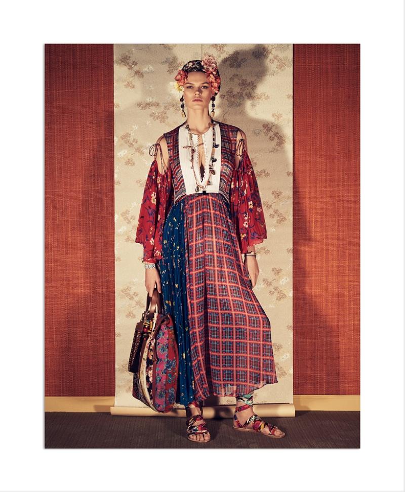 Cara Taylor stars in Zara's spring-summer 2018 campaign