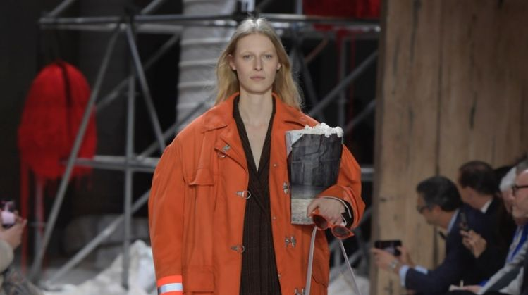Calvin Klein Layers Up for Fall 2018 Collection
