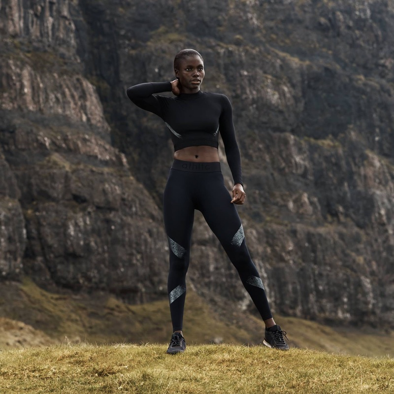 H&M Short Sports Top and Seamless Sports Tights