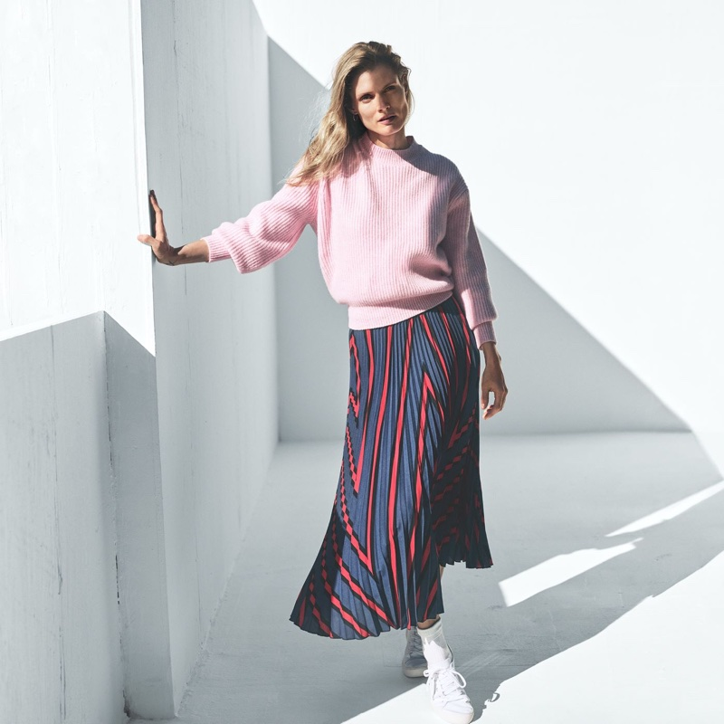 H&M Rib-Knit Sweater, Pleated Skirt and Twill Sneakers