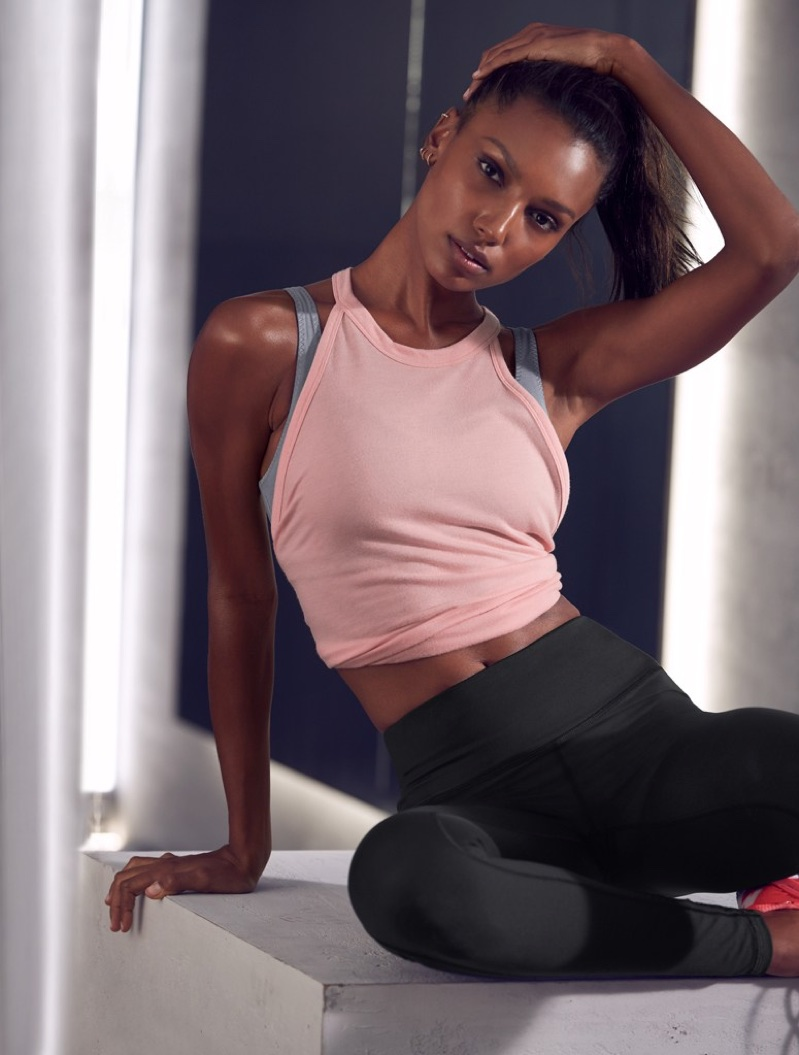 Jasmine Tookes wears stylish activewear from Victoria Sport