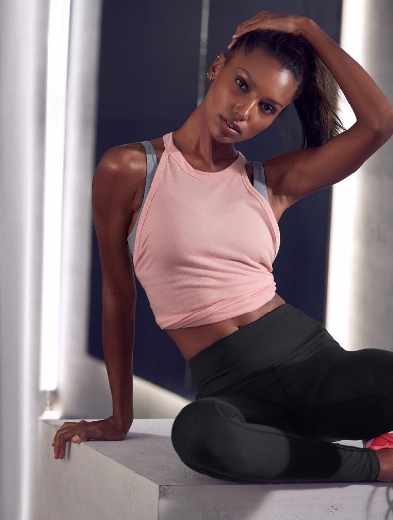 Jasmine Tookes wears stylish activewear from Victoria Sport