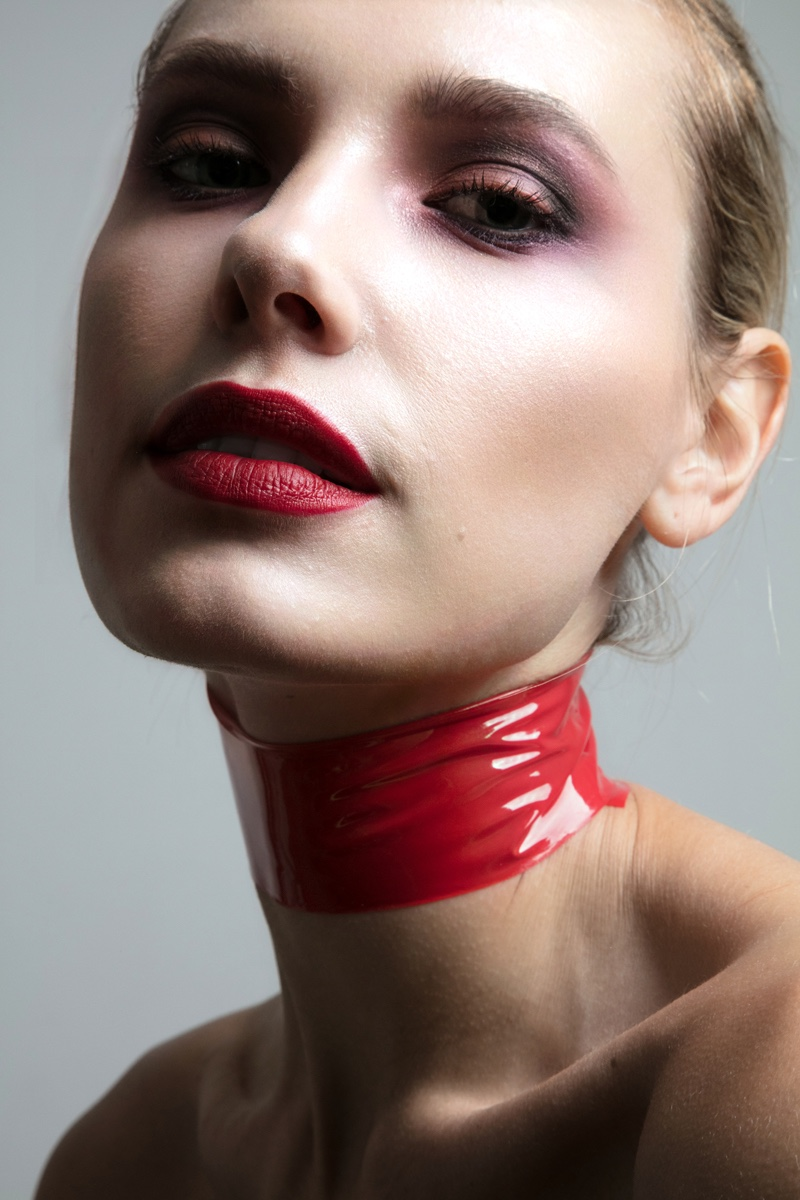 Wearing a red shade of lipstick, Jenny Savers stuns in this shot. Photo: Jeff Tse
